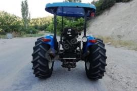 2006 model temiz bakımlı traktör